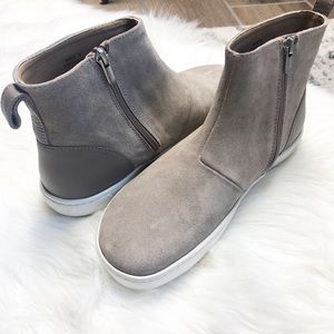 NWT Birkenstock boot sneakers taupe with zipper